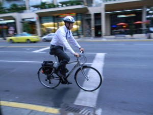 Studies have shown that biking to work boosts employee productivity, improves health, and increases lifespan. (photo by John Luton, CC 2.0 license)