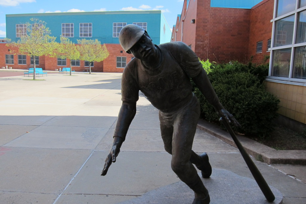 A statue of Roberto Clemente at the school