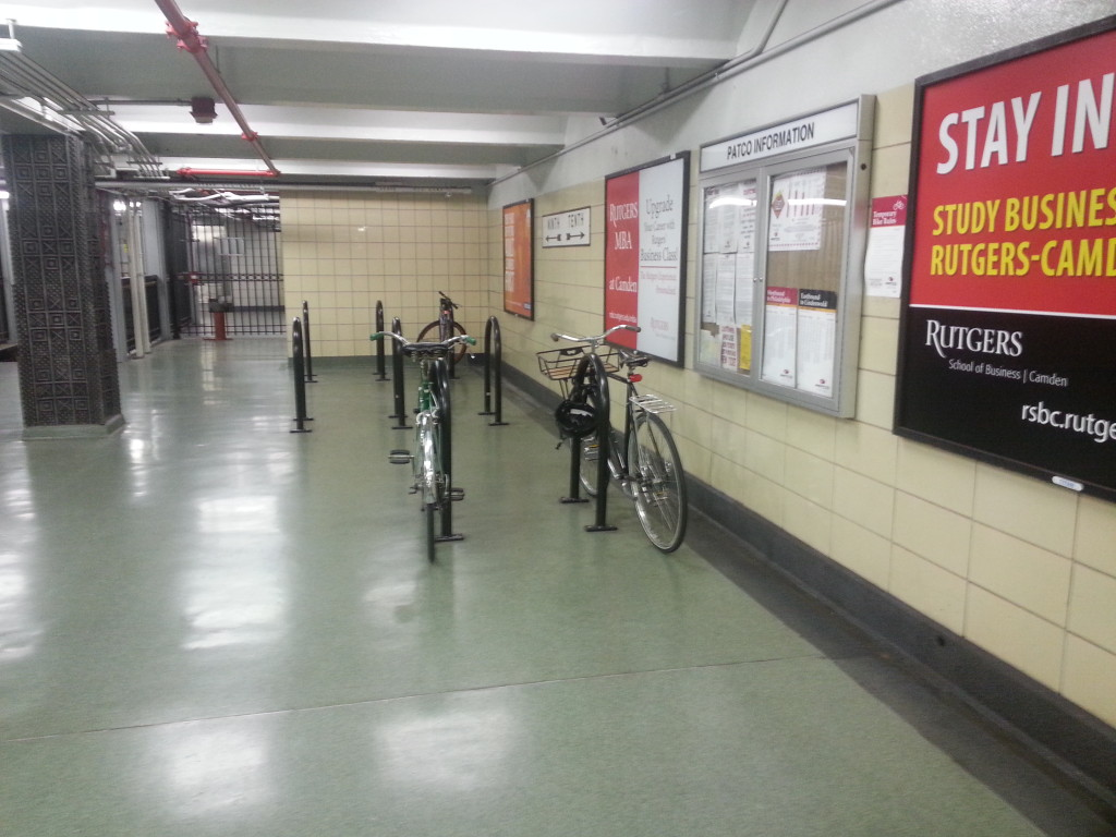 9th/10th Streets and Locust PATCO stations