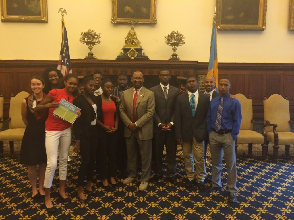 Cadence Youth Cycling students, Rails to Trails staff, Bicycle Coalition staff, with Philadelphia Mayor Michael Nutter