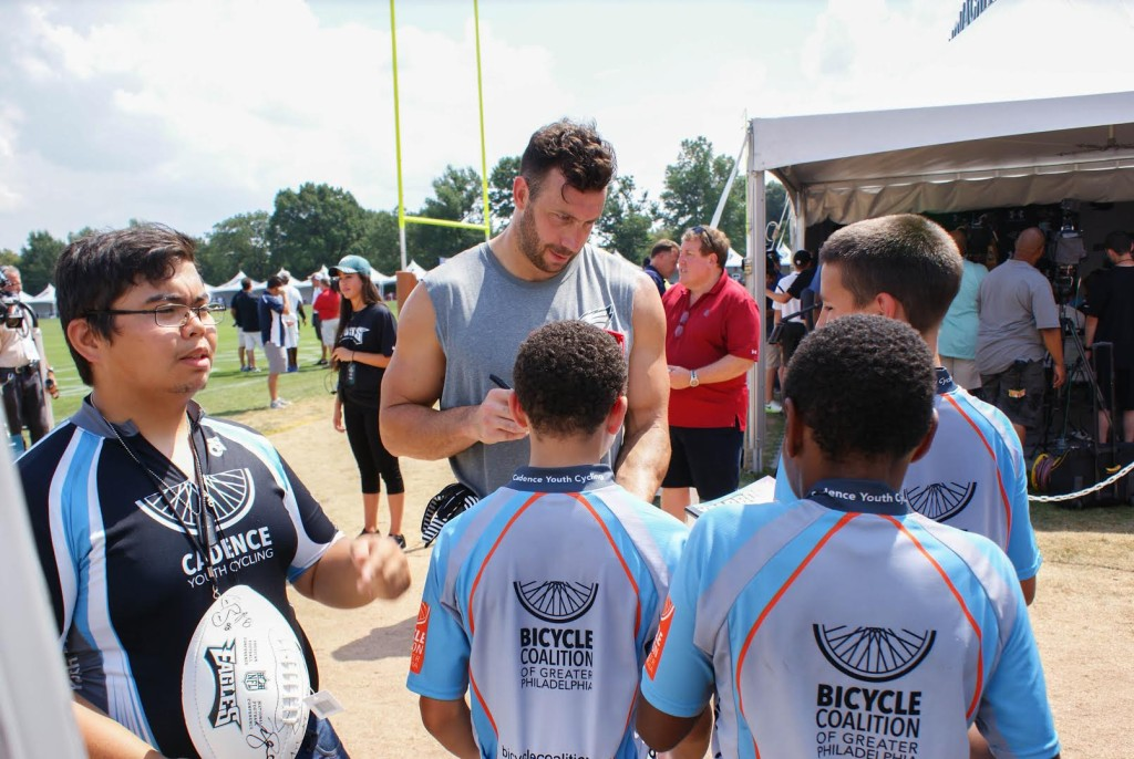 Eagles linebacker Connor Barwin signs autographs for Cadence Youth athletes